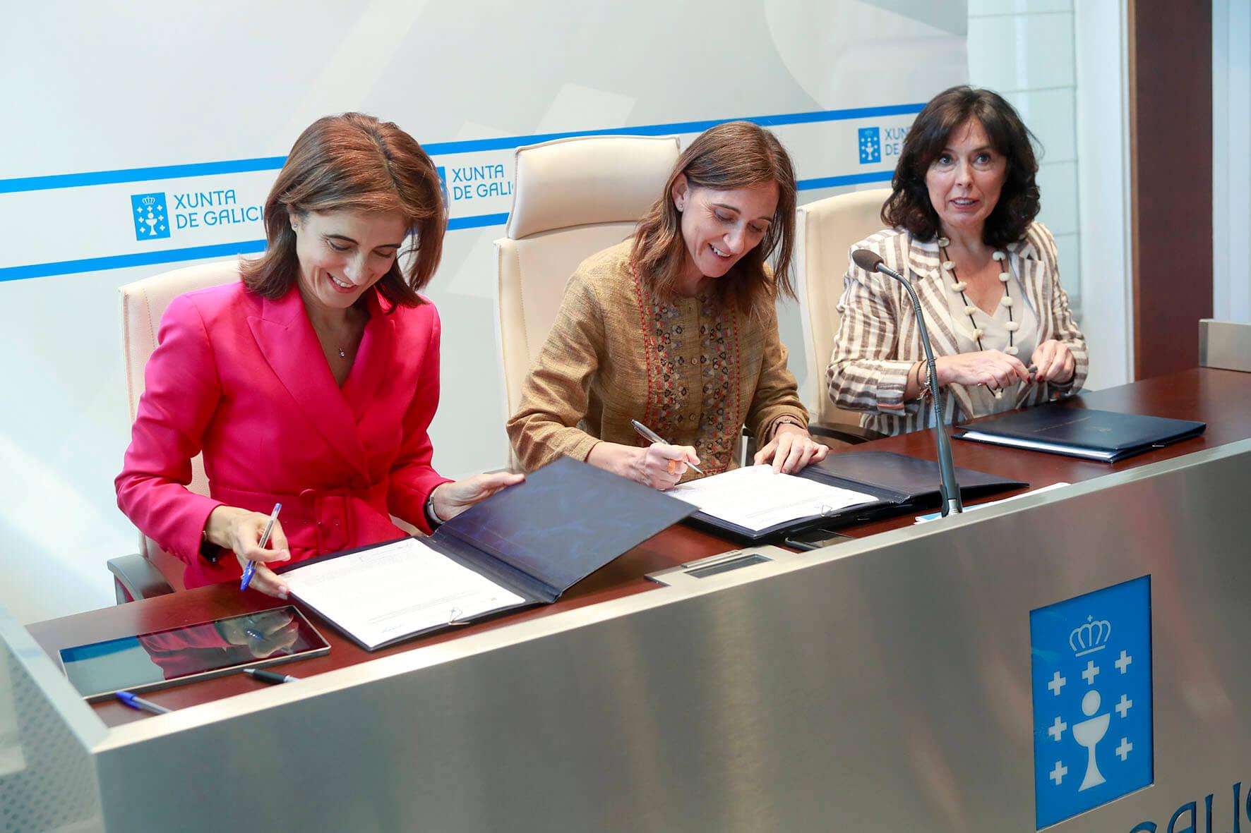Sinatura do acordo entre a Xunta e Microsoft