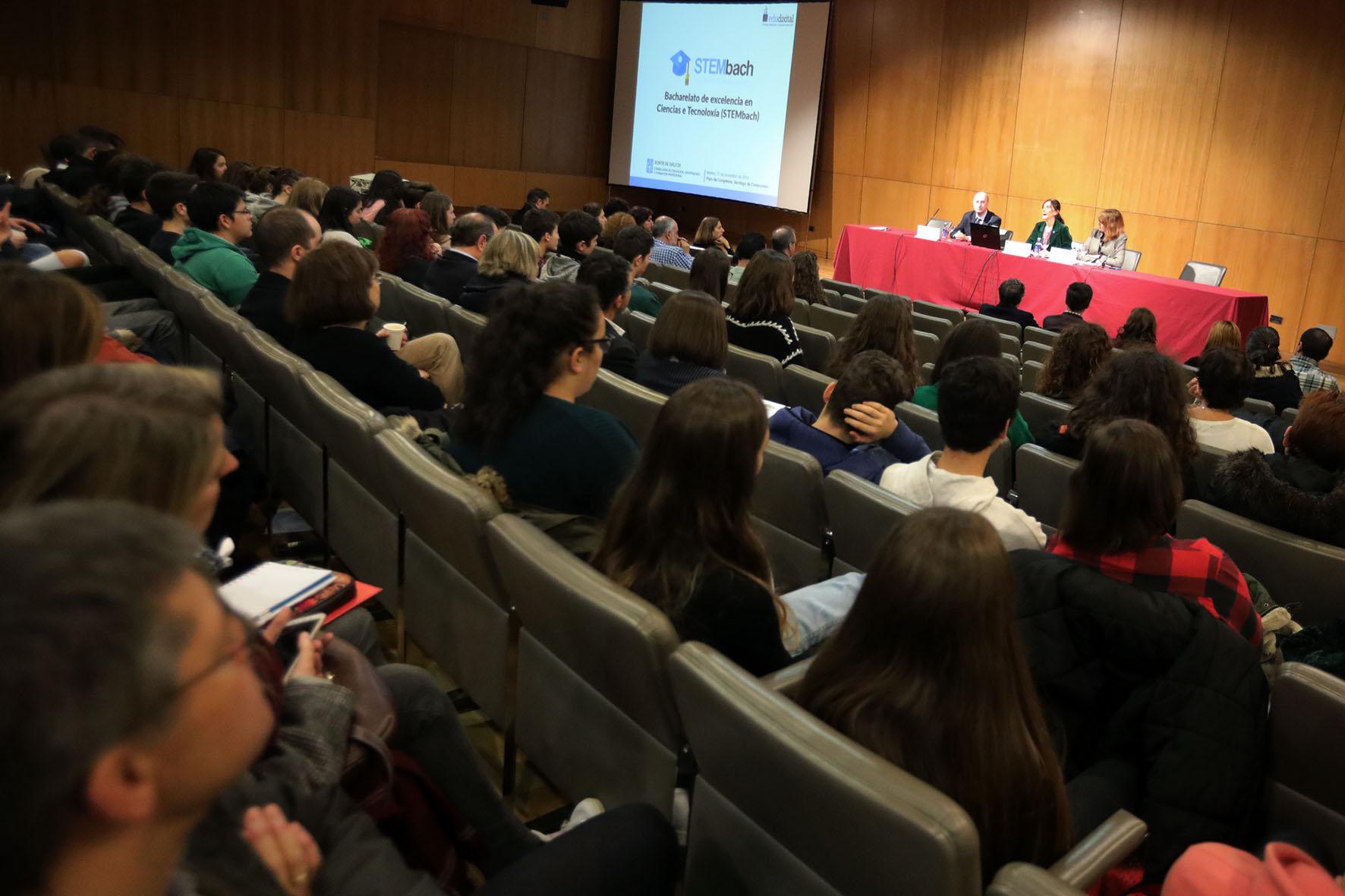 Inauguración da xornada formativa sobre o STEMBach